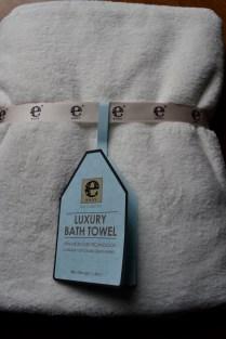 ebody luxury microfiber bath towel by e-cloth1