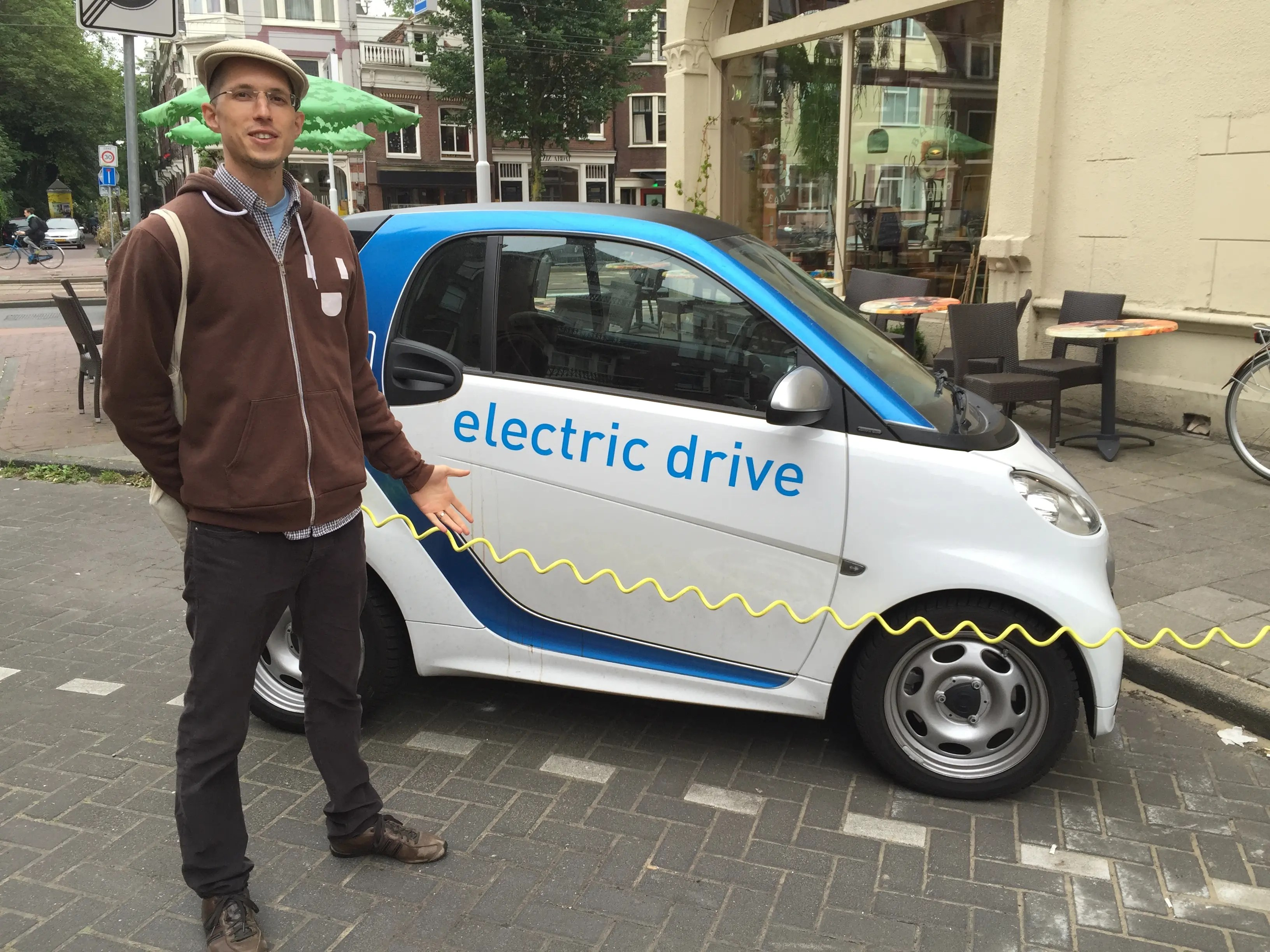 Daimler S Smart Cars Are Going Electric In Us Canada