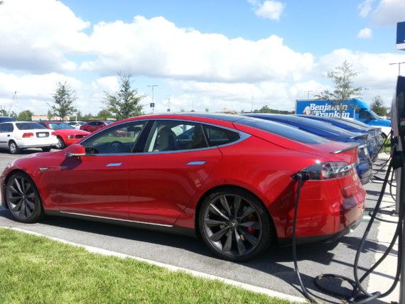 Model-Ss-charging
