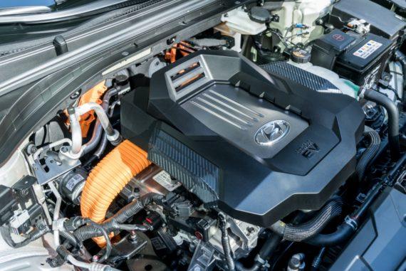 2017 Hyundai Ioniq EV under hood
