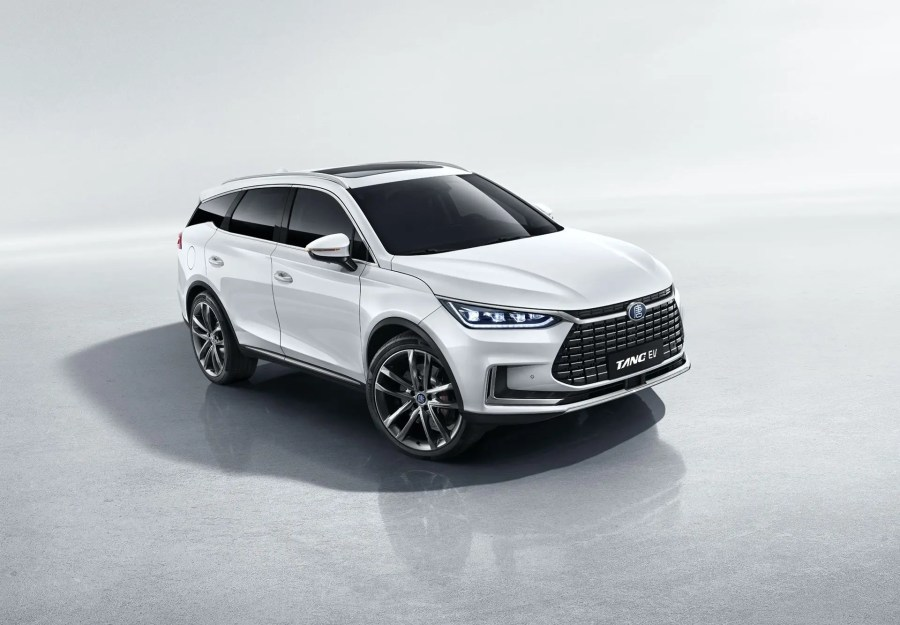 BYD Tang 600 electric SUV