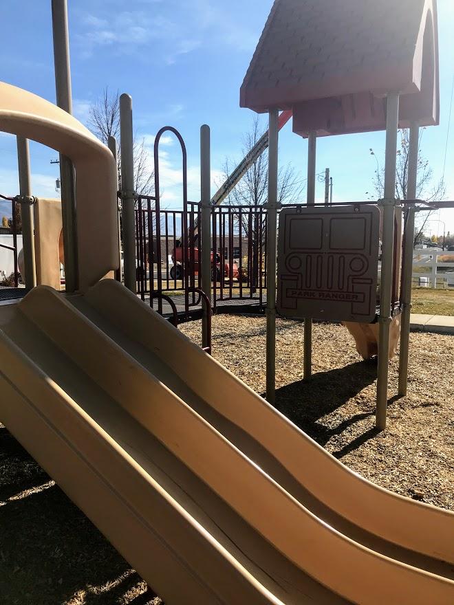 Chelemes Park Playground