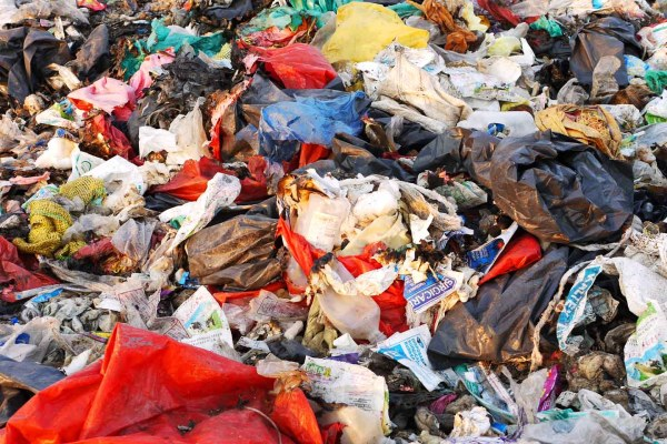 Pondicherrys Dumpsite in Kurumbapet a Crime Scene b
