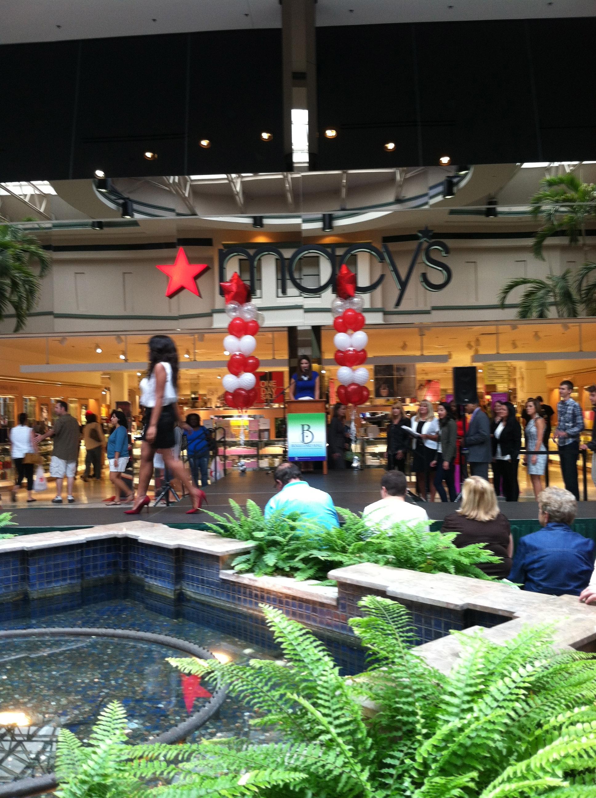Boulevard Mall Buffalo : boulevard, buffalo, Boulevard, Fashion