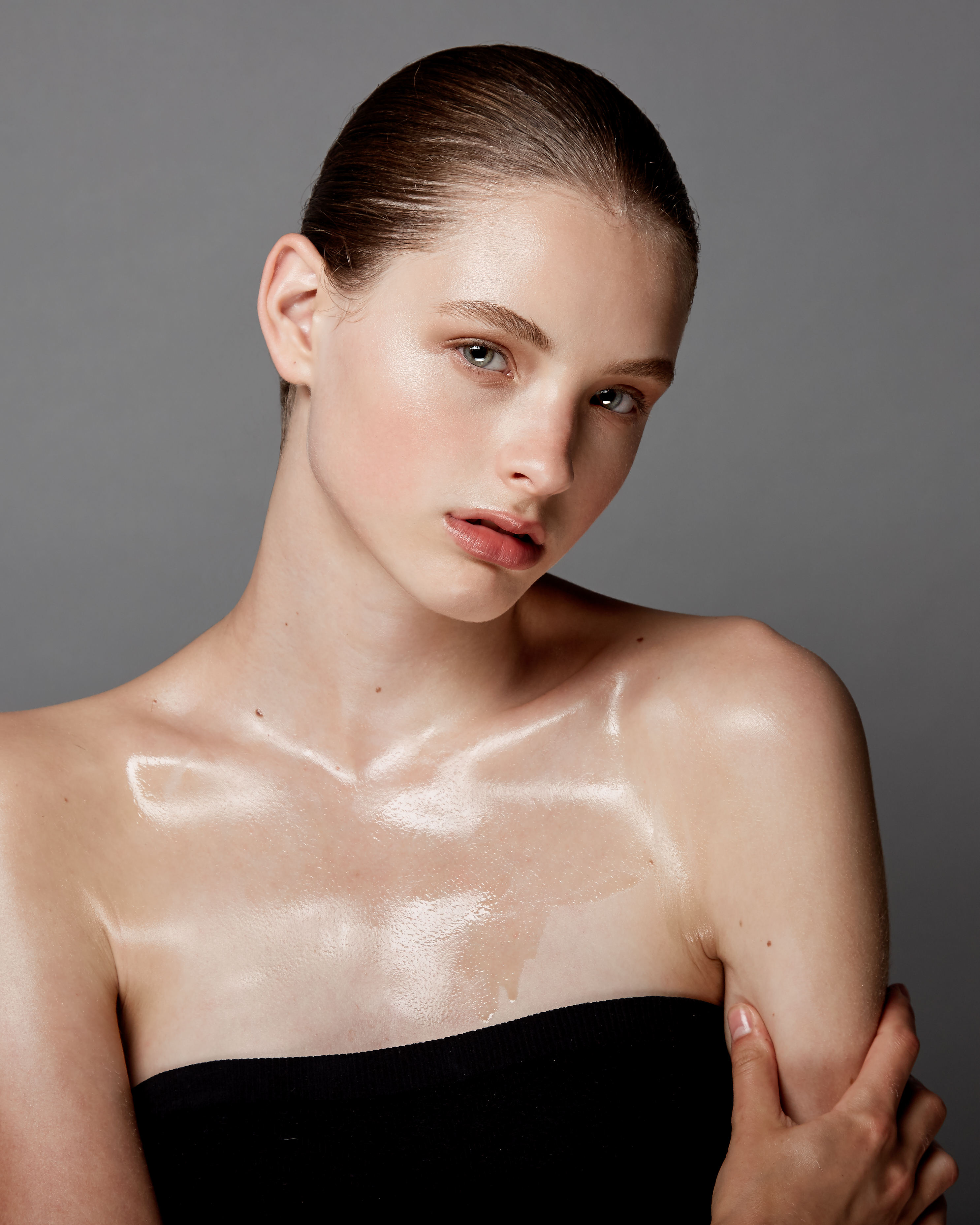 girl with body oil