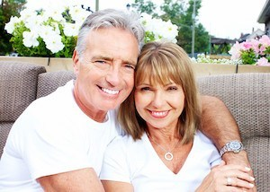 can-seniors-get-invisalign