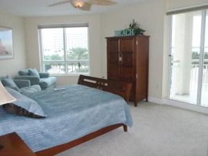 Clutter Free Bedroom