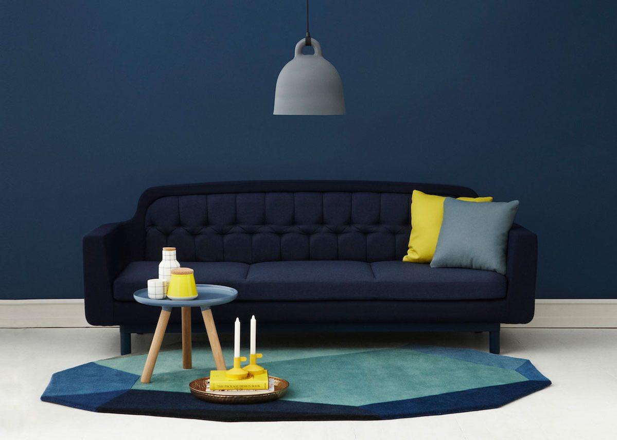 La Couleur Bleu Marine Canapé Bleu Marine Sur Mur Fond Bleu Foncé