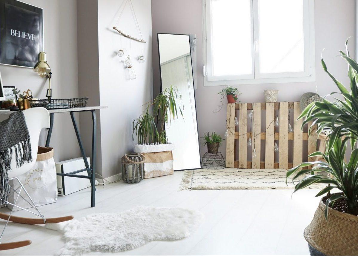 deco avec palette pour l 39 int rieur jardiniere en palette. Black Bedroom Furniture Sets. Home Design Ideas