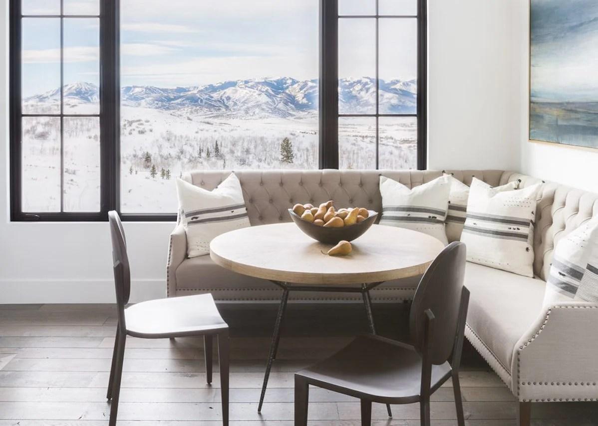 Visite deco : le style chalet blanc par Nicole Davis - ClemATC