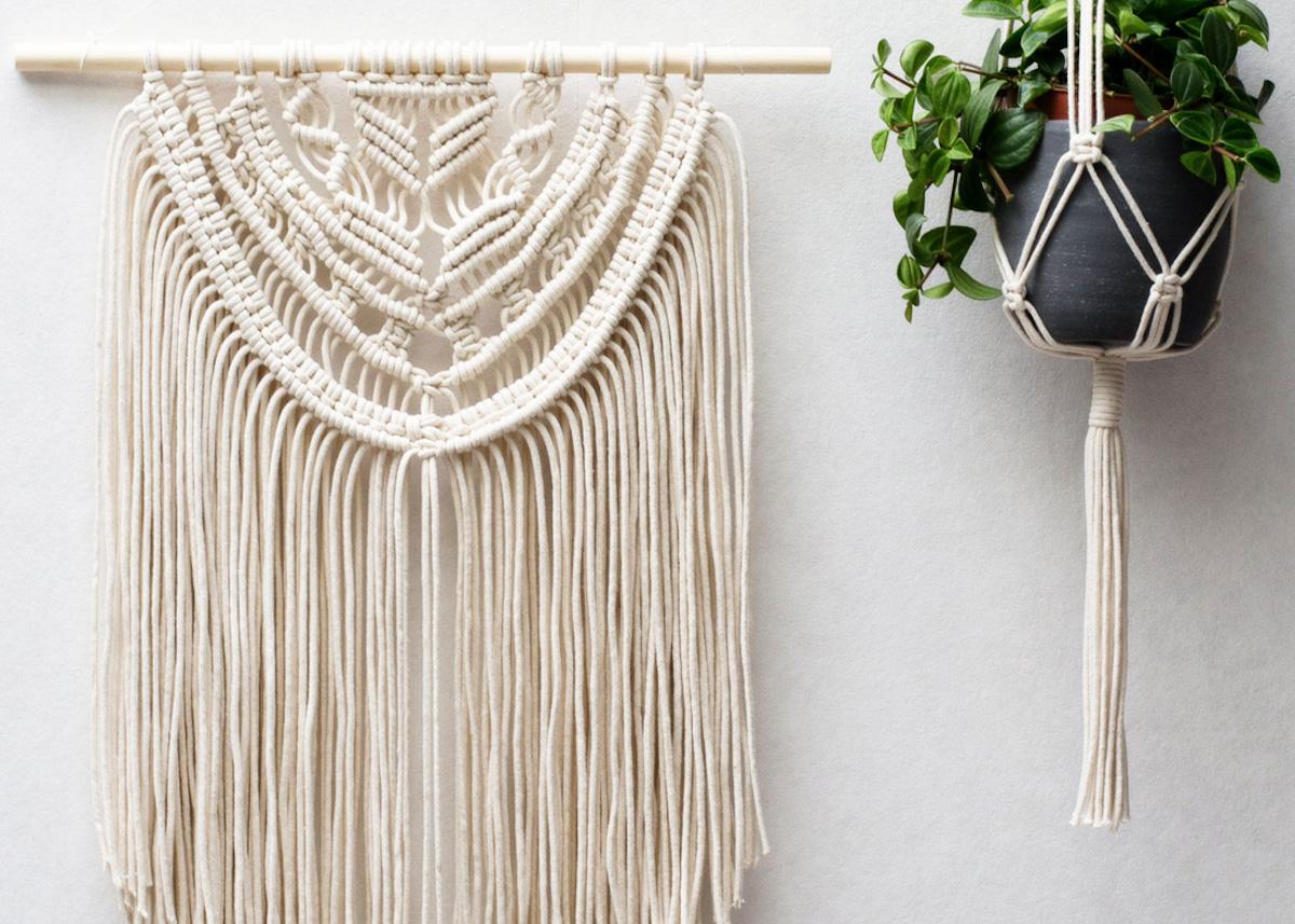suspension macram diy un joli objet fait maison pour votre d coration. Black Bedroom Furniture Sets. Home Design Ideas