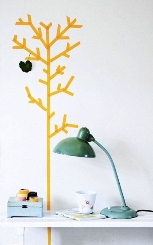 que faire avec du masking tape arbre jaune déco bureau lampe verte