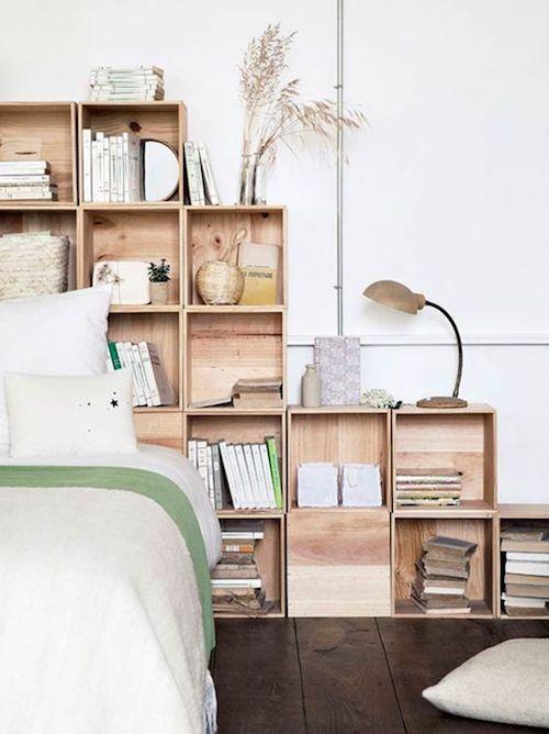 aménager 20m2 chambre tête de lit bibliothèque bois chambre à coucher