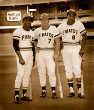 Roberto Clemente in Three Rivers Stadium.