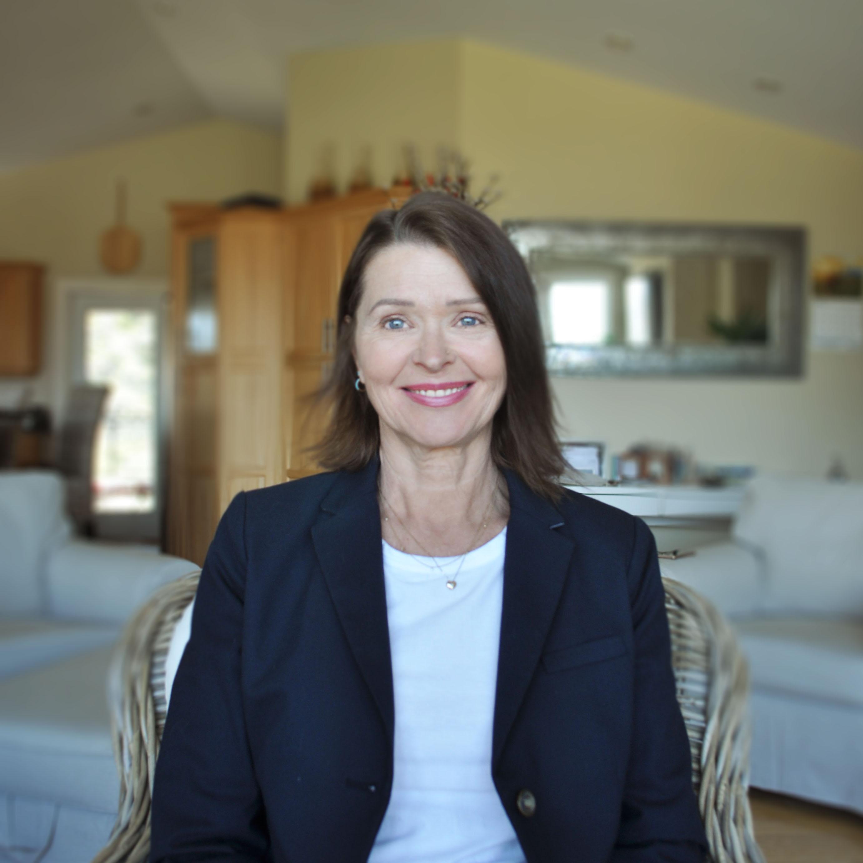 Portrait of Counsellor Sheila Clements