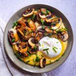 polenta crémeuse, champignons et burrata