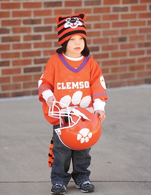 Even the smallest Tigers come to cheer.