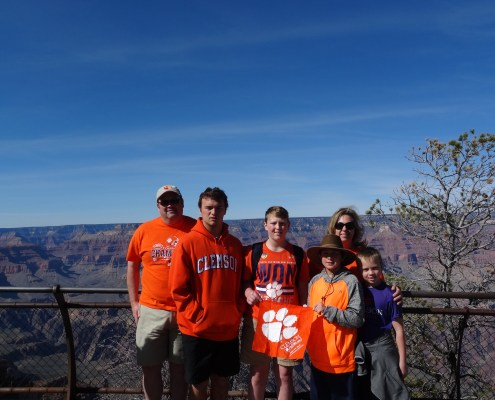 Van HA '09 and Ashley Champion '94 Jones visited the Grand Canyon with their family.