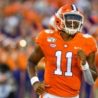 Dabo Swinney Wants Taisun Phommachanh at 'Another Level This Spring'