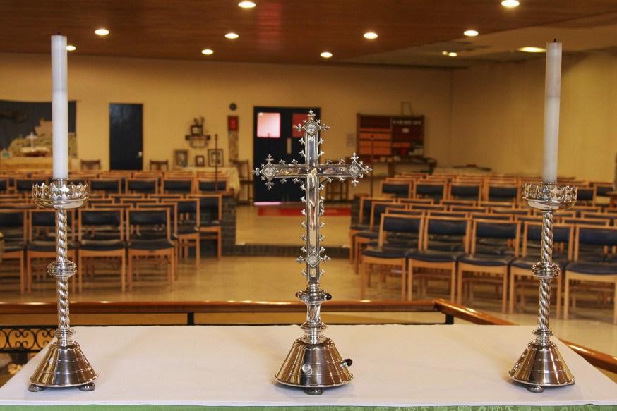 web-cross-altar-church-candles-kerry-garratt-cc