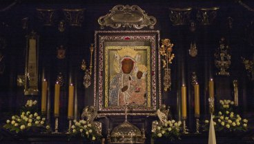 black_madonna_of_czestochowa_by_brun126-d5vtus0