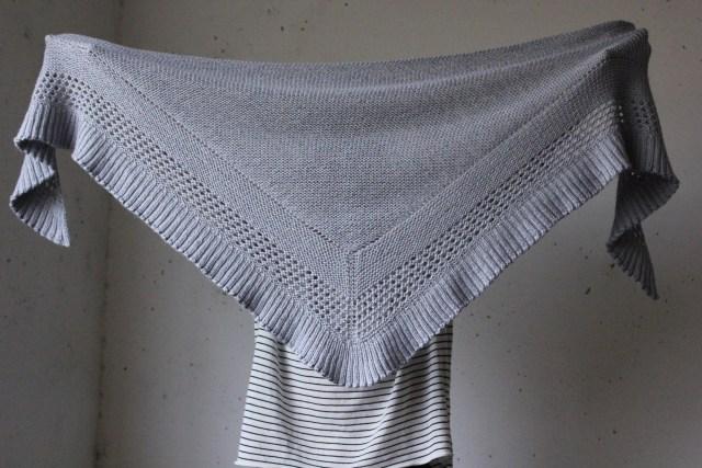 châle tricoté Lourmel, un nouveau châle tricoté contre le froid IMG 2146