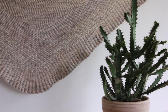 châle tricoté Lourmel, un nouveau châle tricoté contre le froid IMG 2265