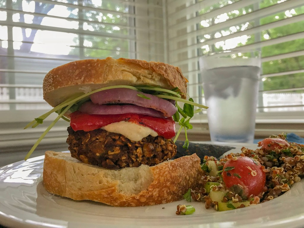 Black bean burger with chili lime sauce.