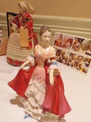 half-doll-display-18