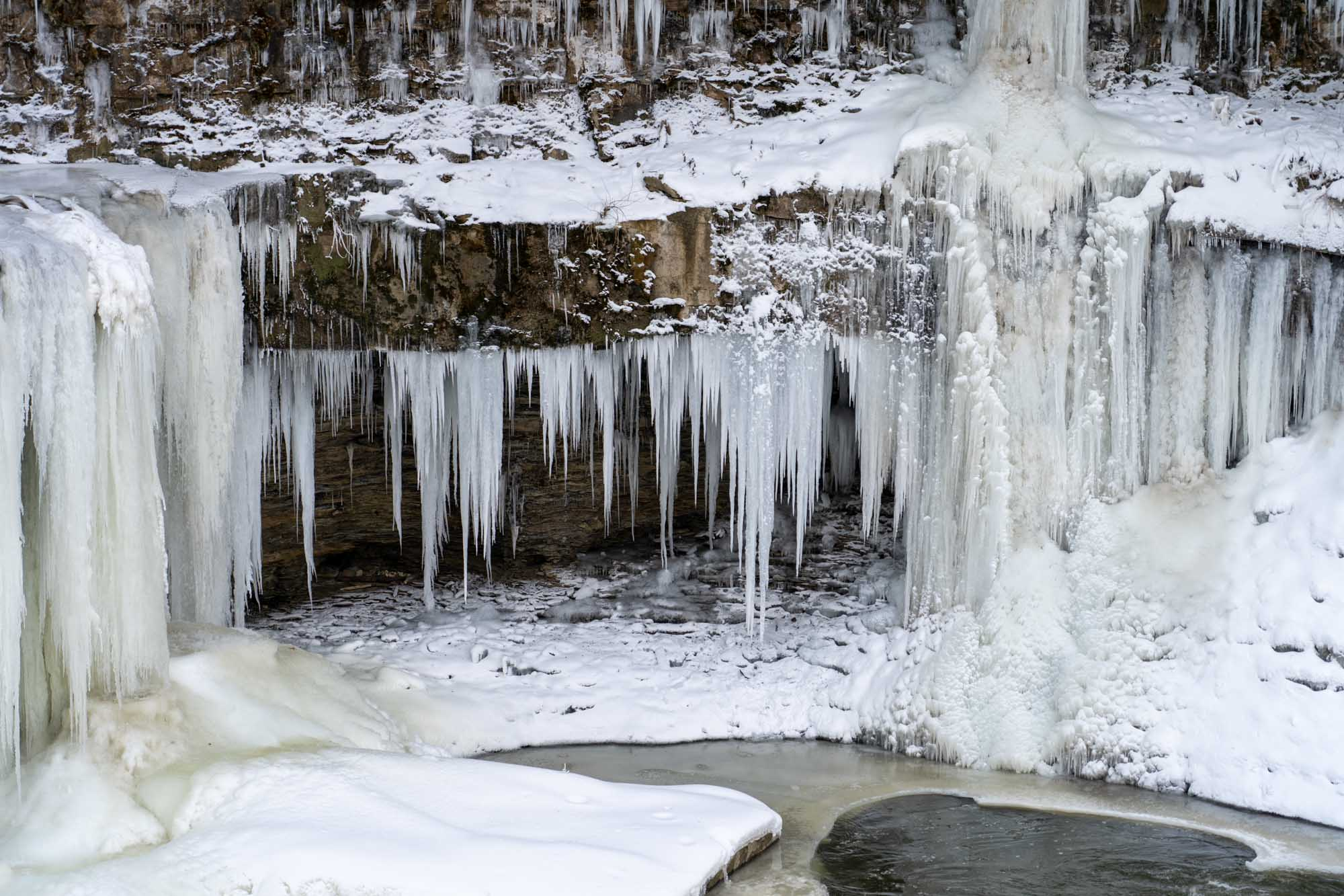 Where to See Frozen Waterfalls Near Cleveland this Winter