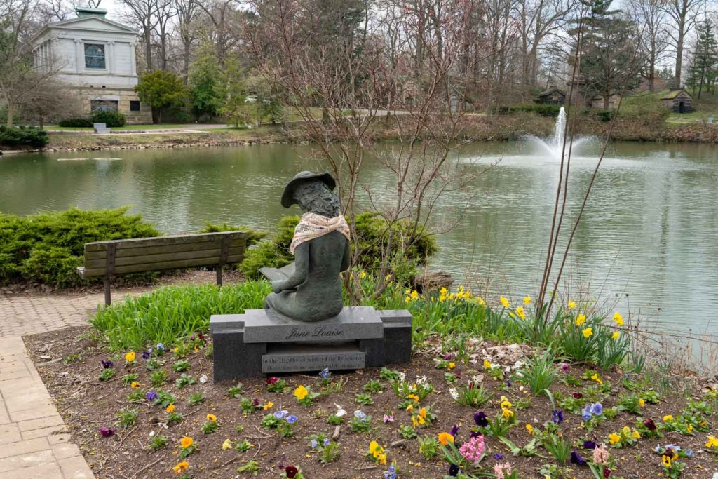 Pond at Lake View Cemetery