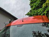 DAB Empfang: Längere Dachantenne auf dem Clever Celebration für besseren Empfang