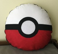 Pokemon Pokeball Pillow Cover Tutorial