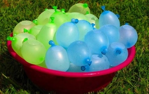 Fun Family Activity we can all enjoy - water balloons