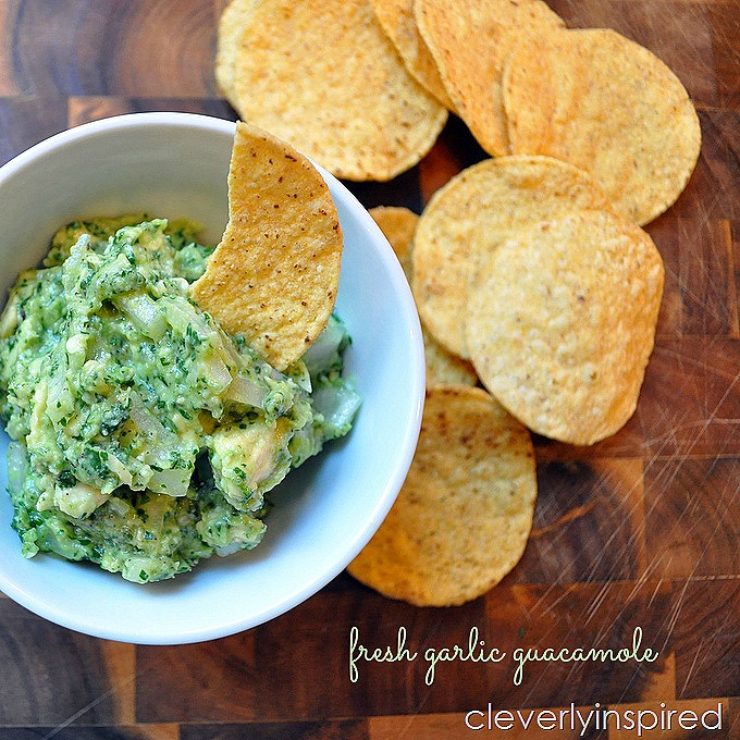 fresh garlic guacamole @cleverlyinspired (2)
