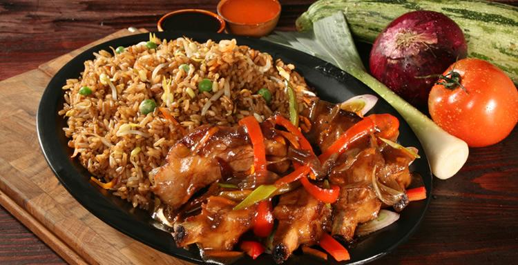 CEO inicia un nuevo taller de Cocina China