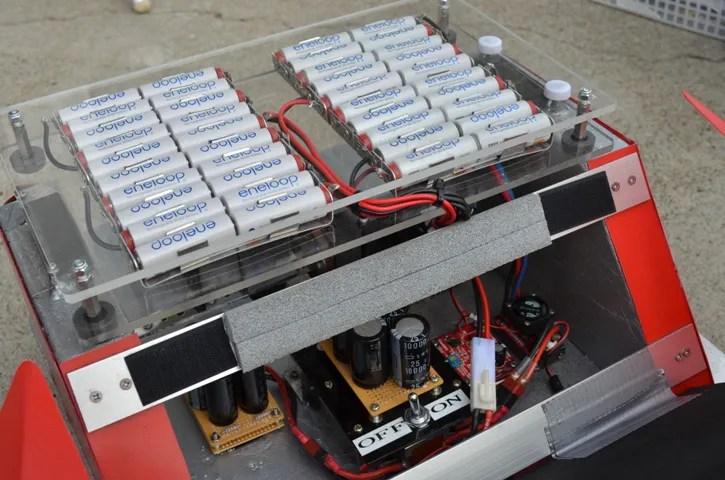 DSC_0096 畫像 ハイブリッドが5萬円! ただし電池とキャパシターのEV。   clicccar.com