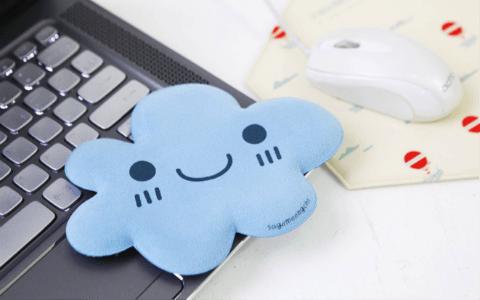 blue-cloud-elbow-cushion