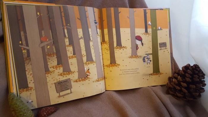 intérieur album deux drôles de bêtes dans la forêt du point de vue de l'écureuil