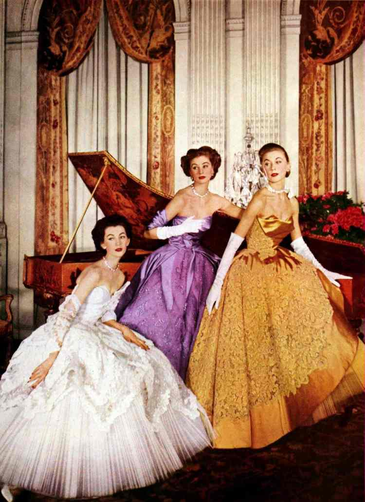 16 breathtakingly gorgeous vintage evening gowns with long skirts so ...