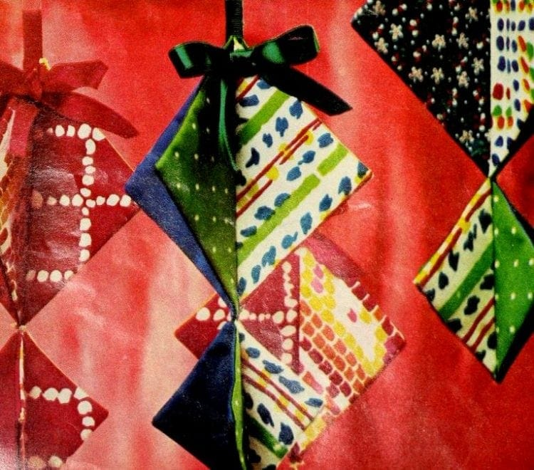 Cute Christmas tree ornaments - triangles