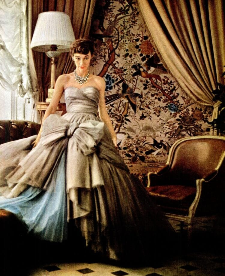 Dior big ball gown - skirt with 12 layers from 1953