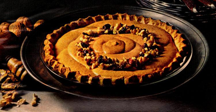 Light, creamy and fluffy pumpkin pie - vintage recipe