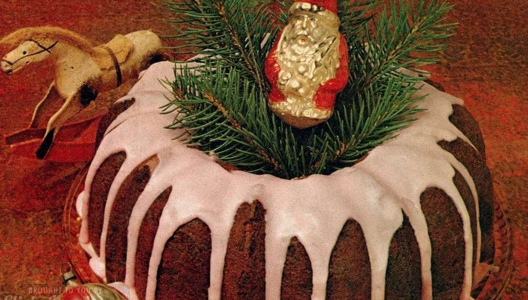 Milky Wonder Cake - A Bundt cake recipe from the 70s made with 9 Milky Way chocolate bars (3)