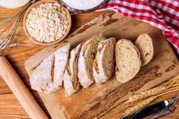 Oatmeal heritage bread, oat batter bread