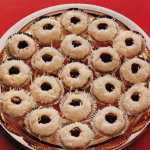Old-fashioned Christmas recipes for classic carrot pudding & coconut joy cookies (1979)