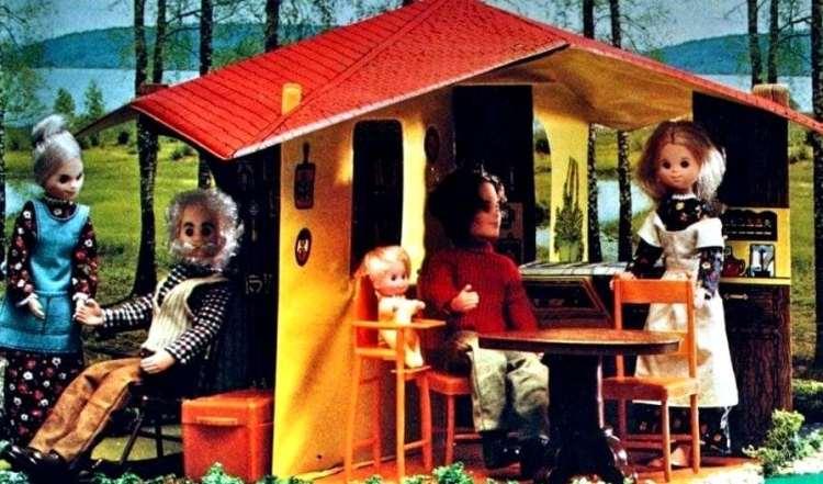 like hippie barbie got married the sunshine family