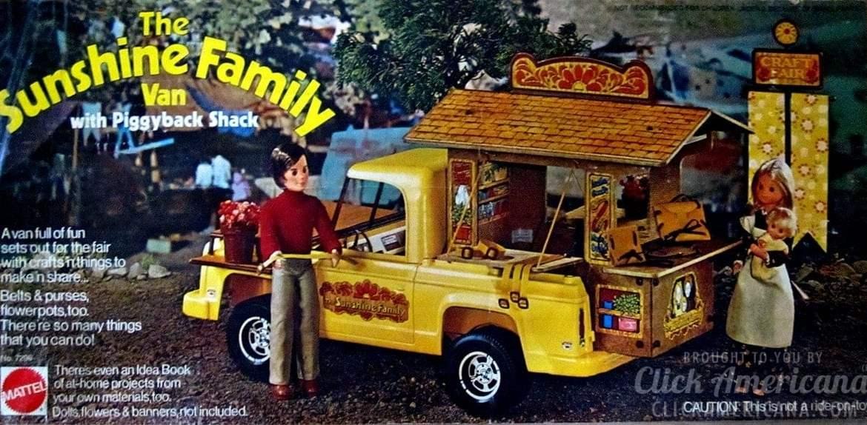 The Sunshine Family Vanwith Piggyback Shack - Vintage toys