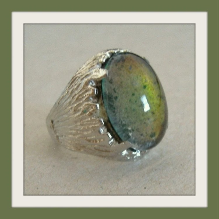 Vintage mood rings from the 1970s - Click Americana (4)