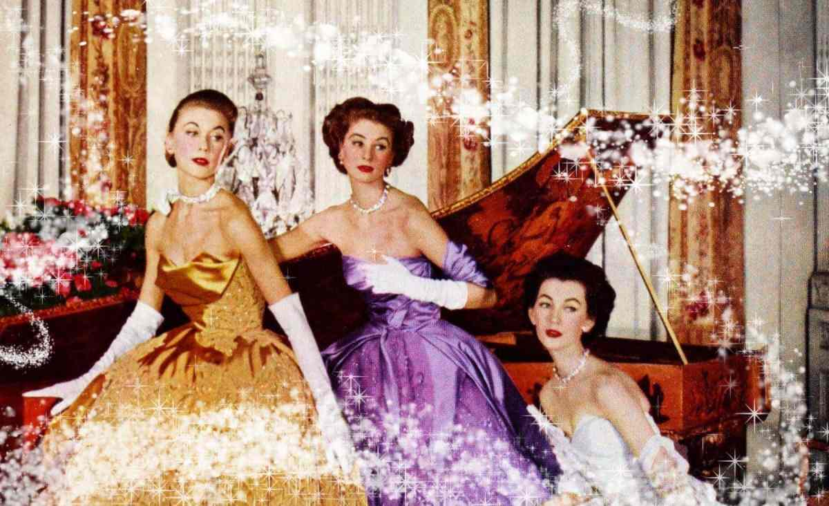16 breathtakingly gorgeous vintage evening gowns with long skirts so full they'd make a Disney Princess jealous